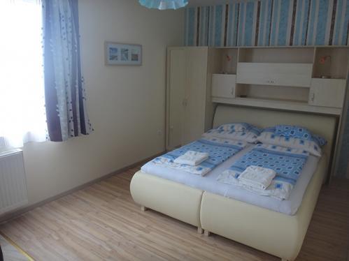 2 ágyas 2